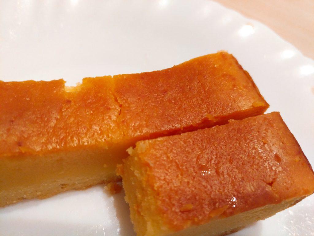 2種のチーズを使用したベイクドチーズケーキ セブンイレブン (9)