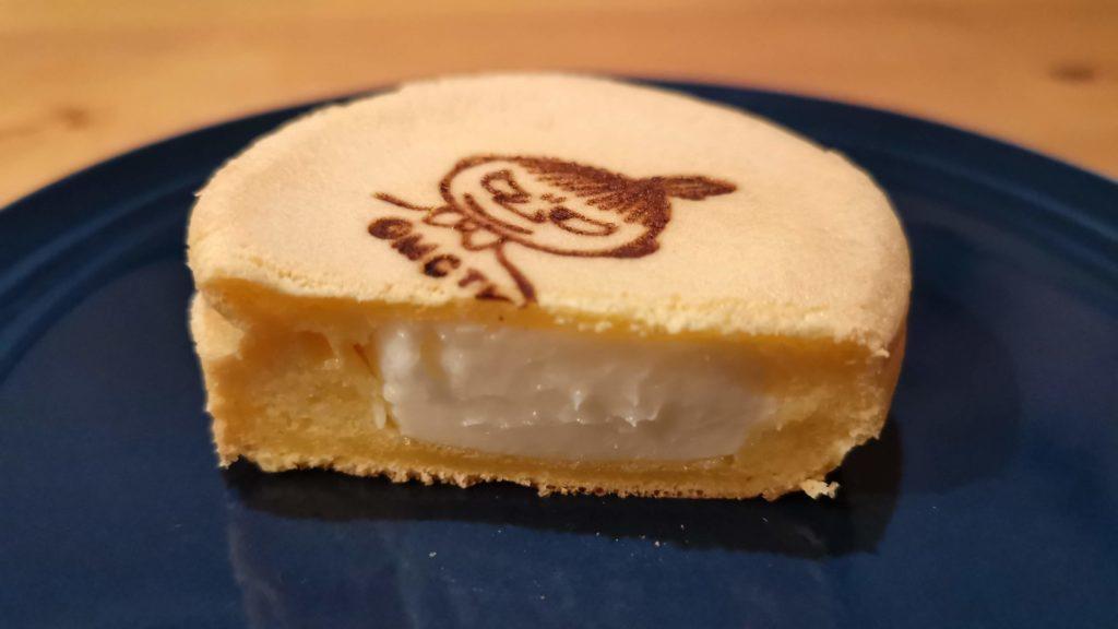 ファミリマート もちっとチーズ (7)