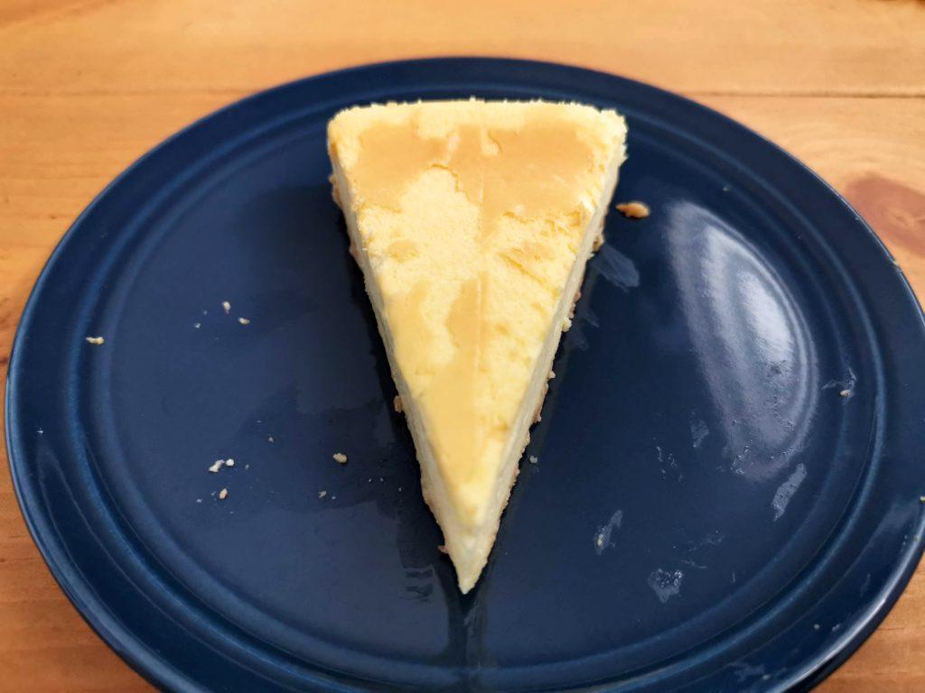 セブンイレブン・デリカシェフ ニューヨークチーズケーキ (5)