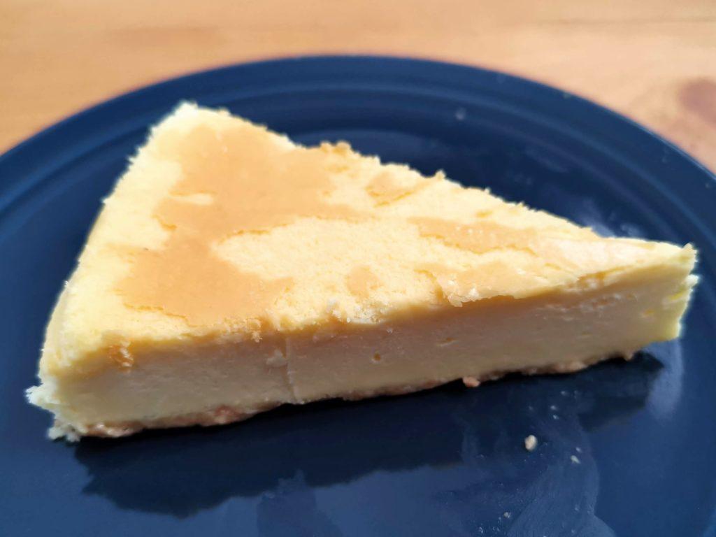 セブンイレブン・デリカシェフ ニューヨークチーズケーキ (6)