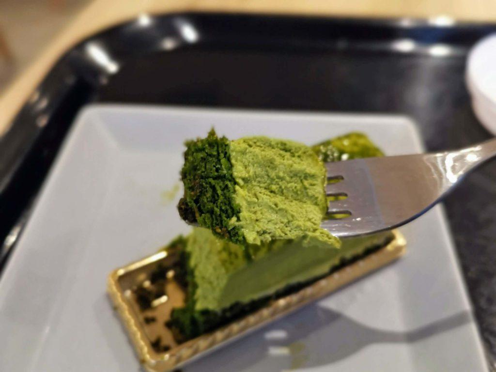 メゾンカイザー 抹茶のレアチーズケーキ (12)