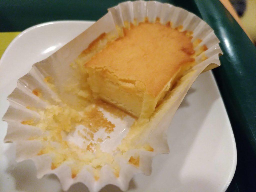 【モスバーガー】ひんやりドルチェ・ベイクドチーズケーキ (3)