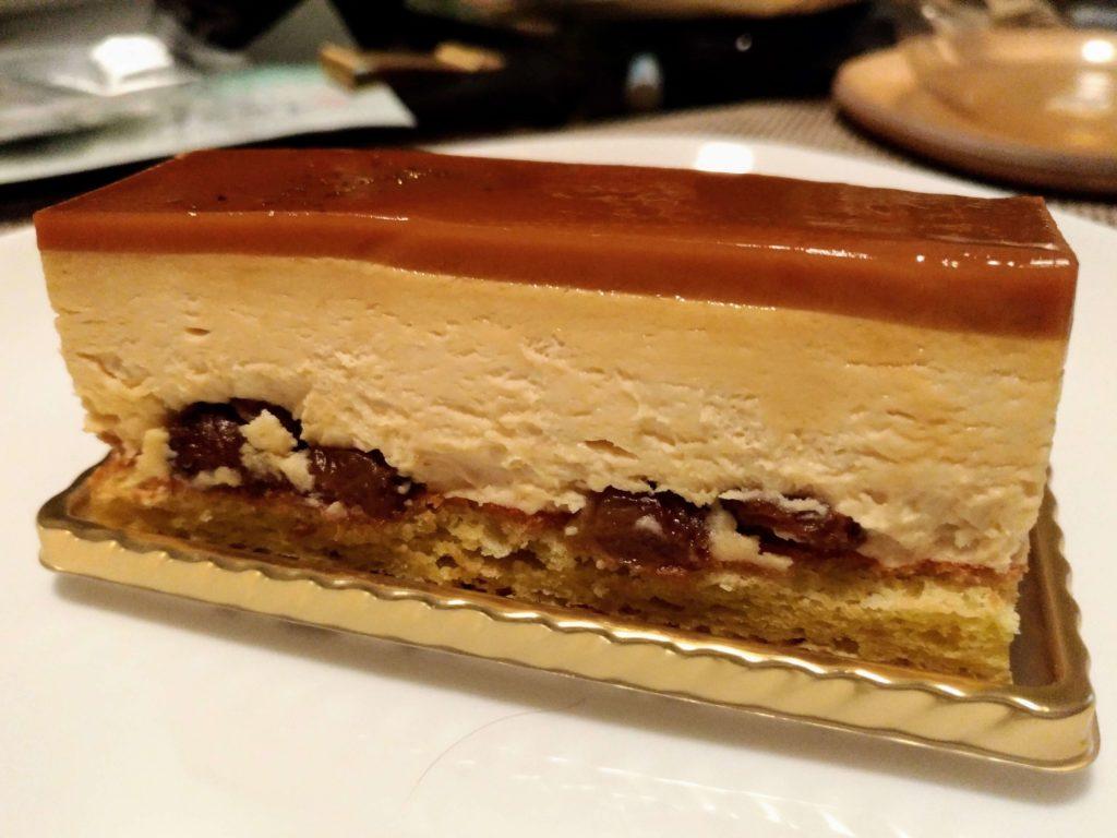 メゾンカイザー キャラメルラムレーズンチーズケーキ (3)
