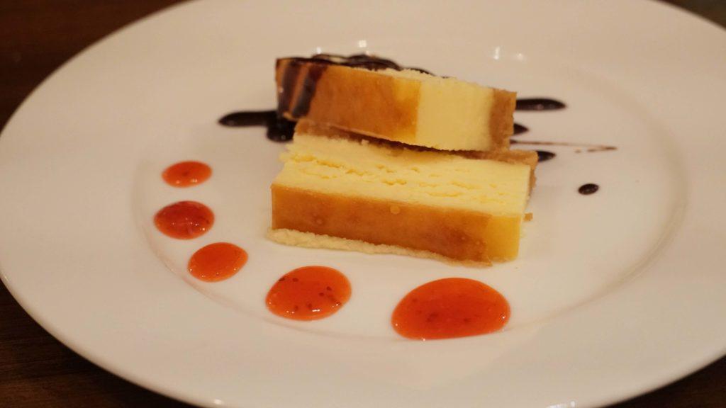 ビストロカフェ グラポン (12)ベイクドチーズケーキ