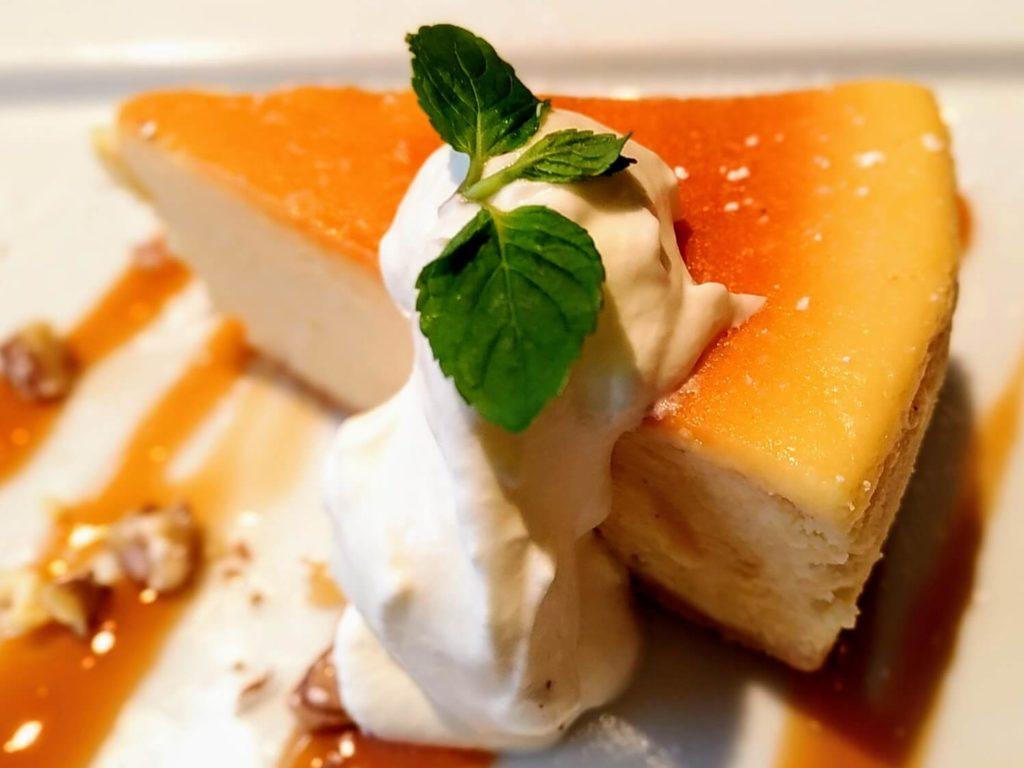 LATTE GRAPHIC(ラテグラフィック)】の ベイクドチーズケーキ