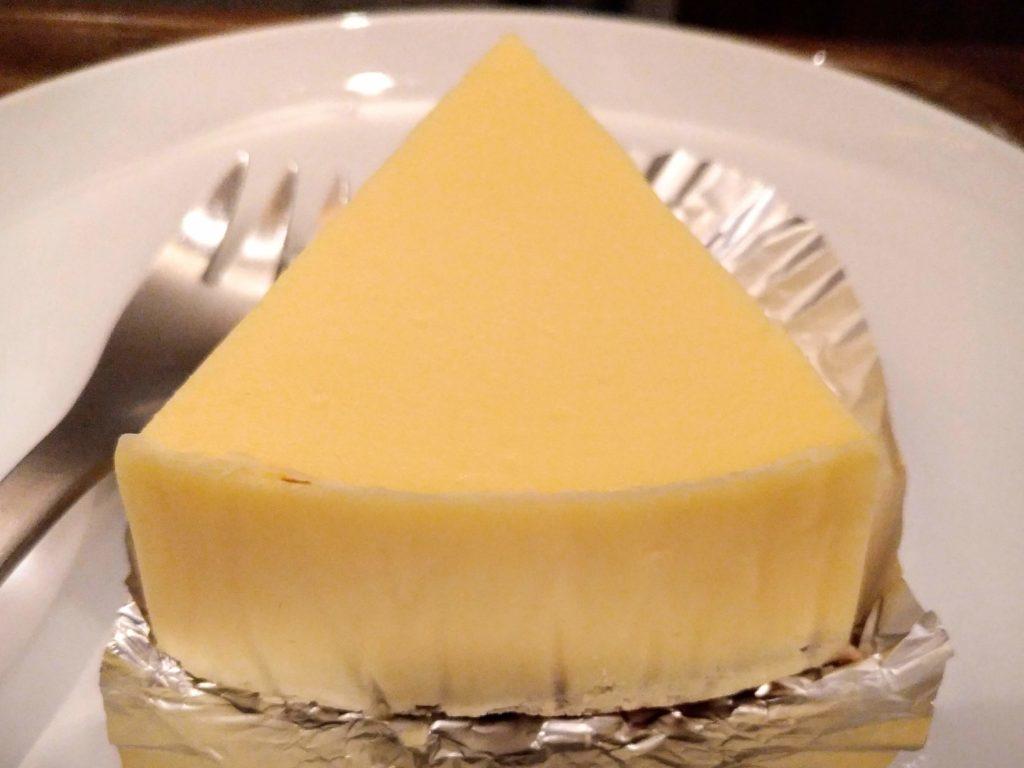 湯蒸しのチーズケーキ 上島珈琲 (2)