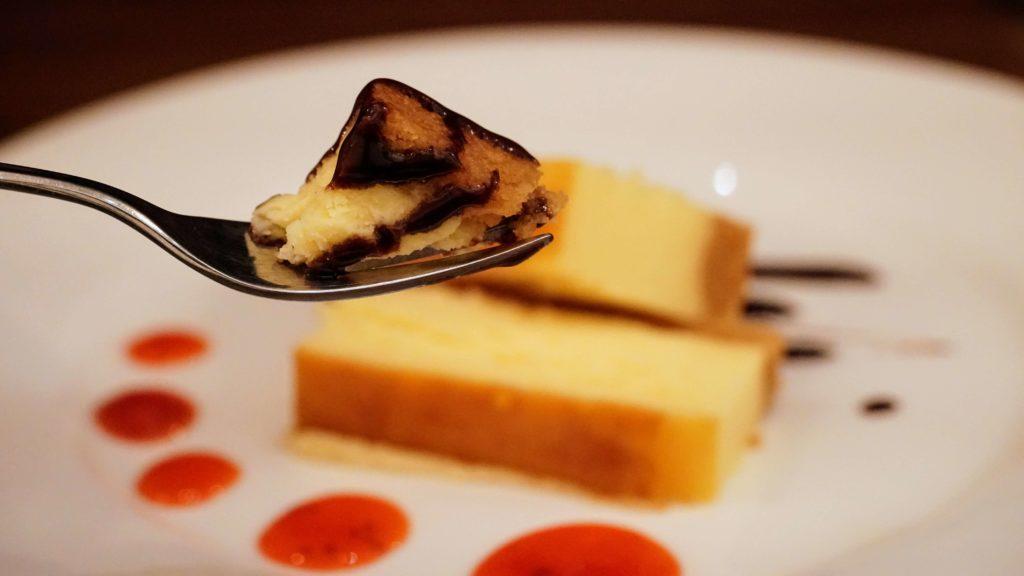 ビストロカフェ グラポン (9)ベイクドチーズケーキ