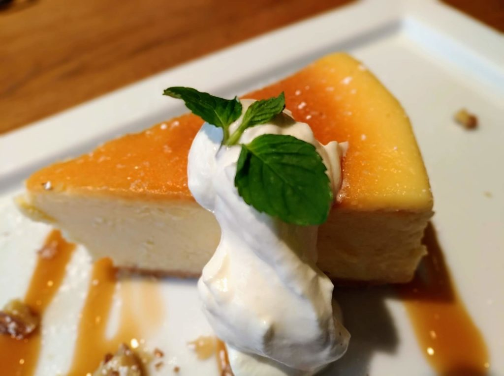 自由ヶ丘【LATTE GRAPHIC(ラテグラフィック)】 (11)ベイクドチーズケーキ