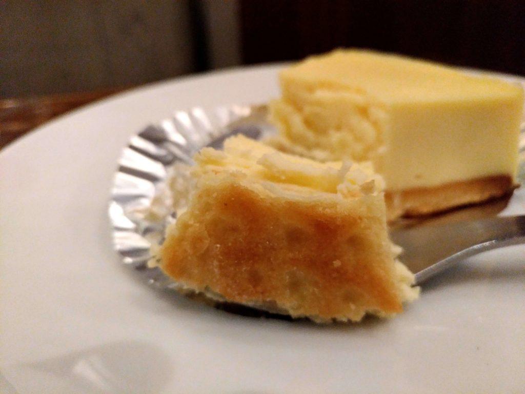 湯蒸しのチーズケーキ 上島珈琲 (1)