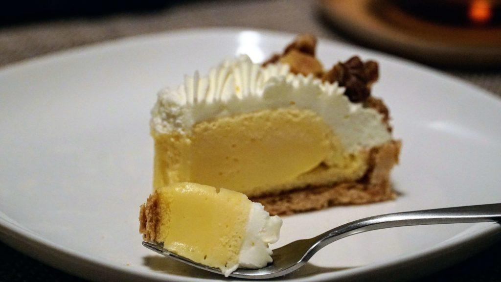 しろたえ (12)チーズレモンパイ