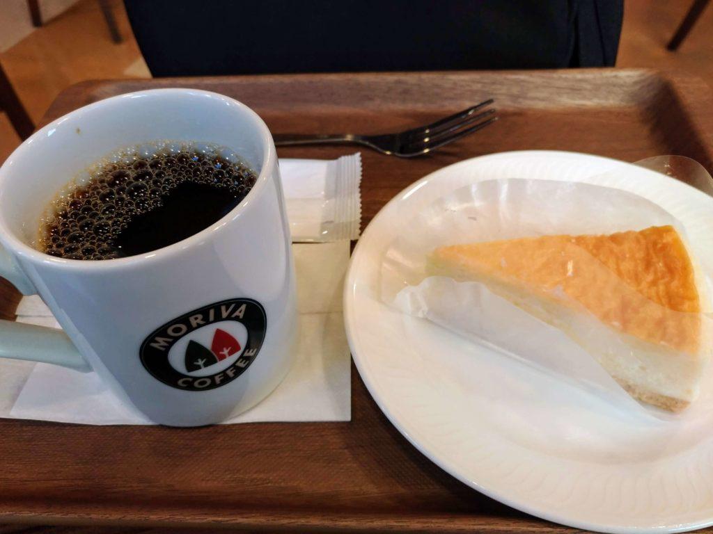 モリバコーヒー 濃厚ベイクドチーズケーキ 写真 (3)