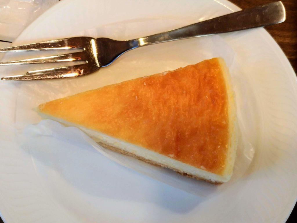 モリバコーヒー 濃厚ベイクドチーズケーキ 写真 (4)