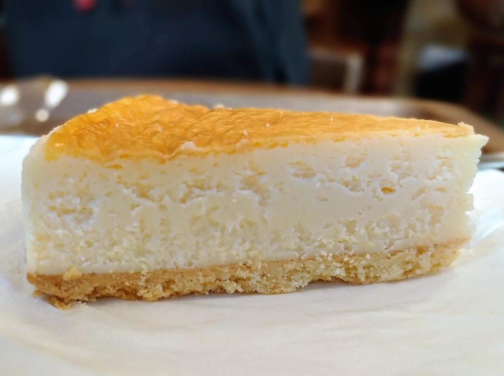 モリバコーヒー 濃厚ベイクドチーズケーキ 写真 (6)