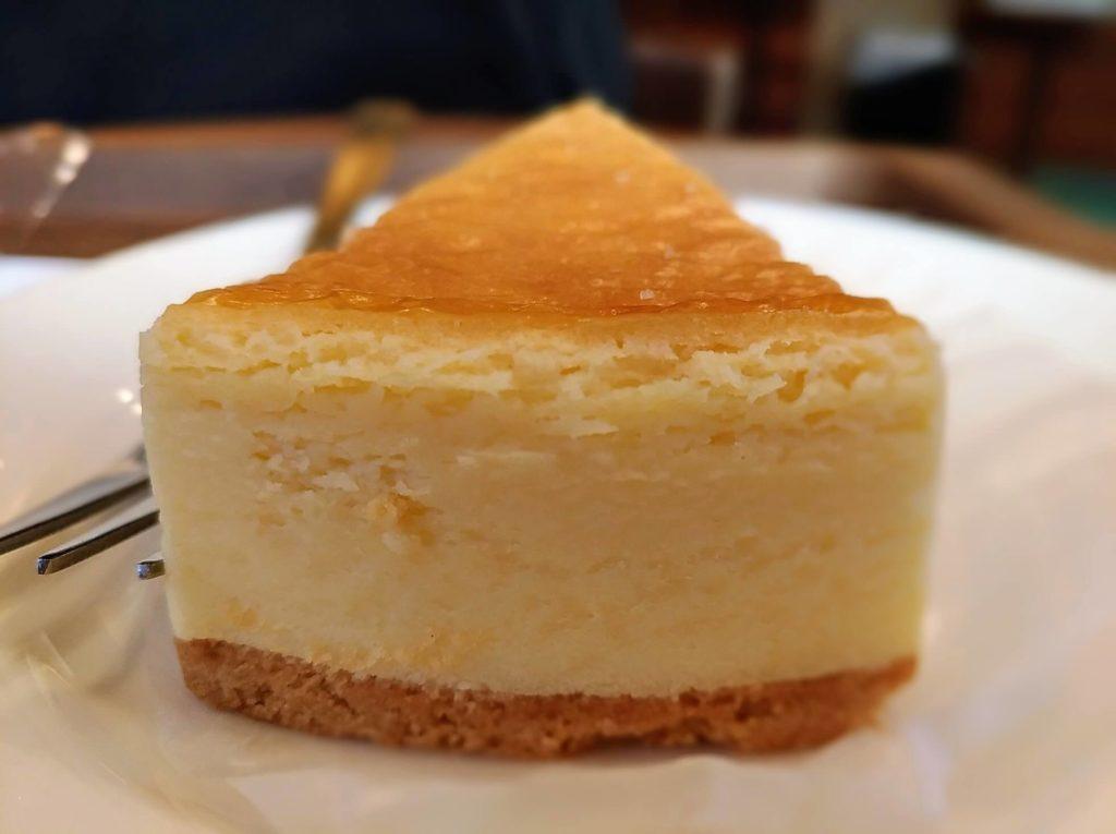 モリバコーヒー 濃厚ベイクドチーズケーキ 写真 (9)