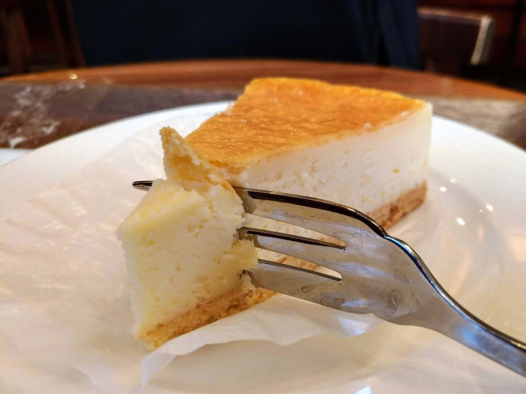 モリバコーヒー 濃厚ベイクドチーズケーキ 写真 (10)
