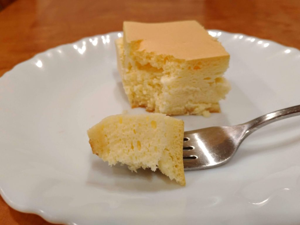 【CRIOLLO(クリオロ)】幻のチーズケーキ (13)