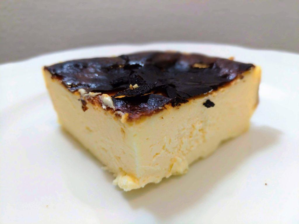 みれい菓 バスクチーズケーキ (2)
