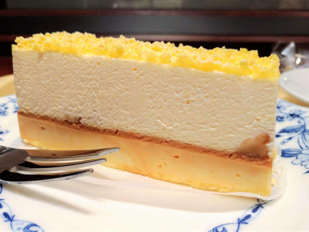 ドトール 2層のチーズケーキ 写真 (3)