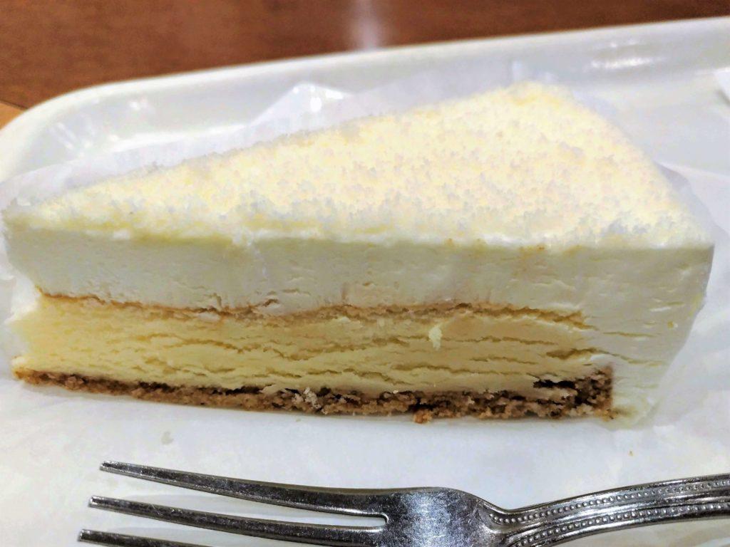 【新橋珈琲店】北海道2層のチーズケーキ (8)