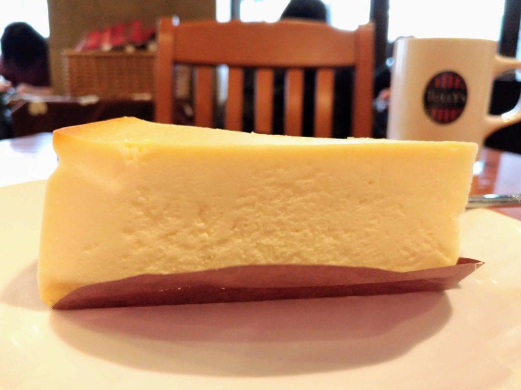 タリーズコーヒー ベイクドチーズケーキ (4)