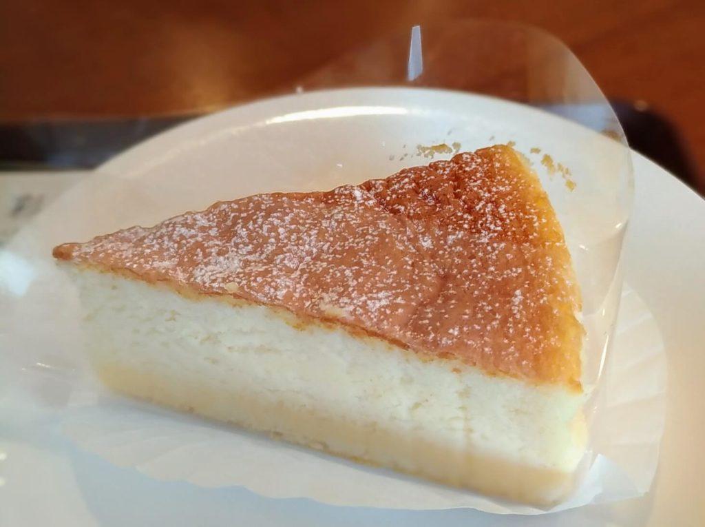 カフェ・ド・クリエ(CAFÉ de CRIÉ) フランス産チーズのスフレ (2)