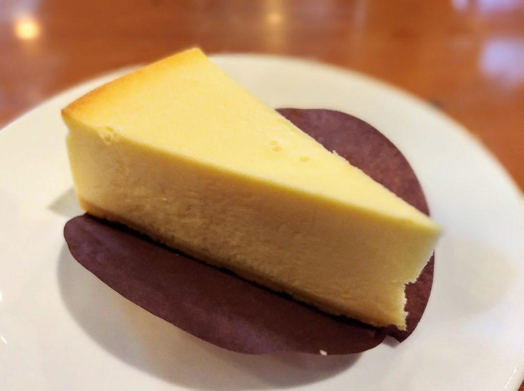 タリーズコーヒー ベイクドチーズケーキ (8)