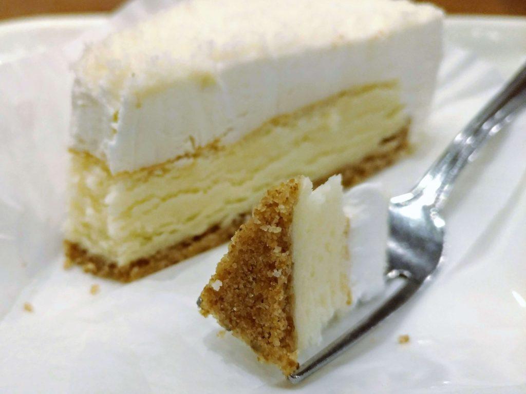 【新橋珈琲店】北海道2層のチーズケーキ (9)