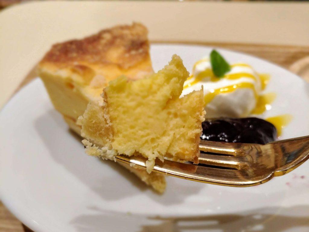 【ハッピー サイエンス ギンザブック カフェ】6種のチーズケーキ (2)