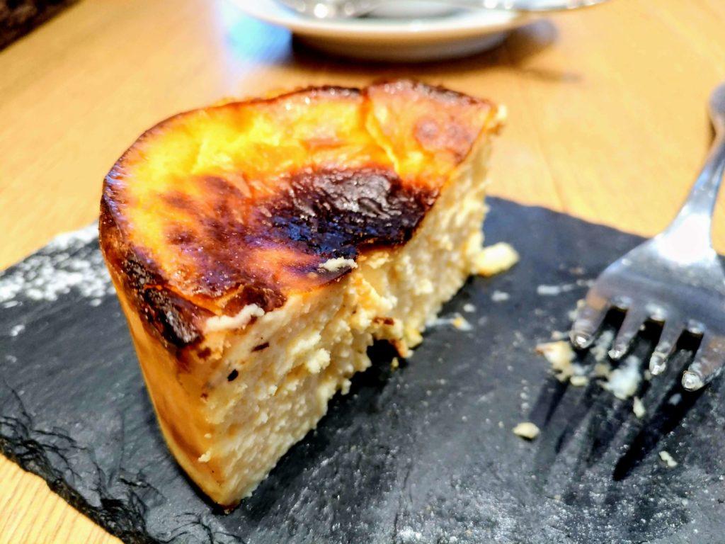 Mallorca(マヨルカ) バスクチーズケーキ (5)