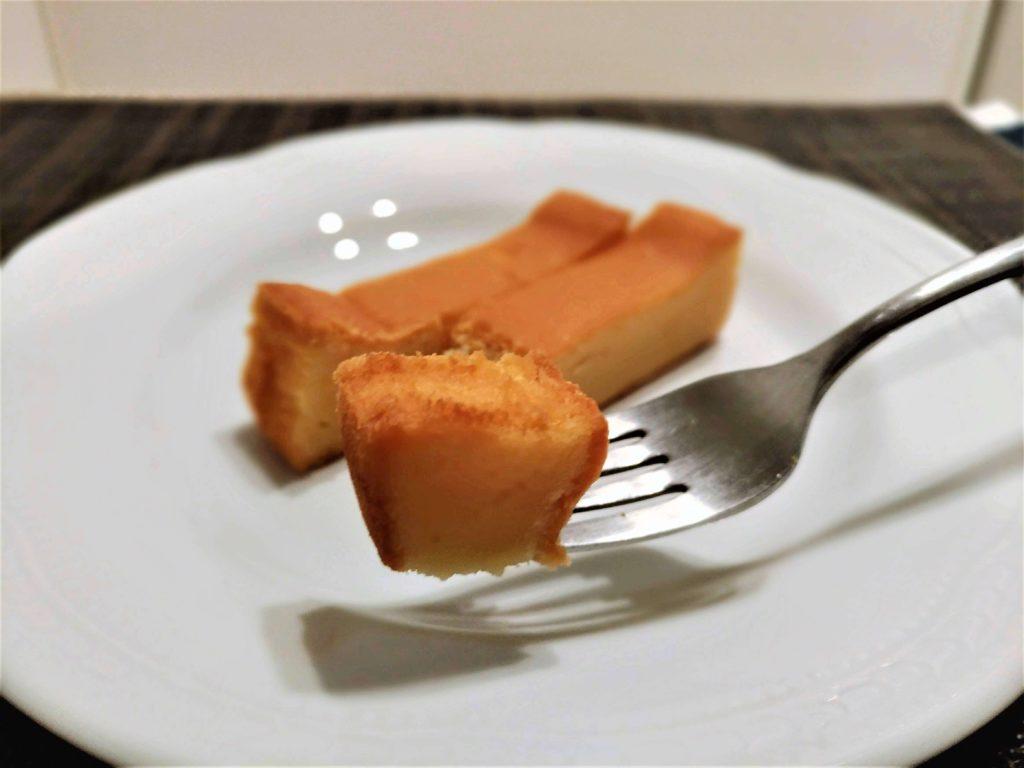【ファミリーマート】CHI-ZU CAKE(チーズケーキ) 写真 (14)