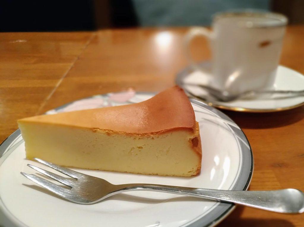 カスタネット 自由が丘 (1)ベイクドチーズケーキ