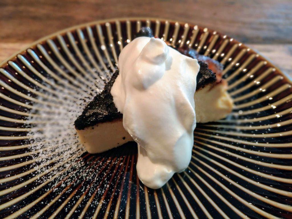 イイジカン (10)バスクチーズケーキ