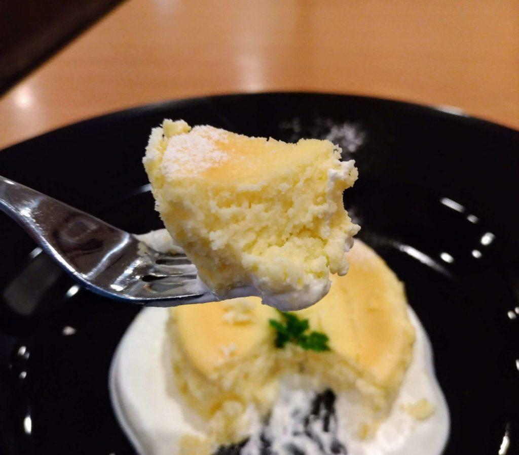 ココス バスクチーズケーキ (4)