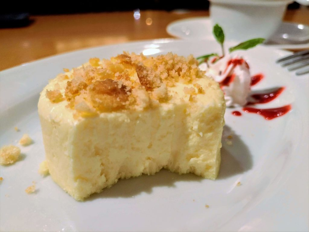 ラ・パウザ クリームチーズケーキ (5)