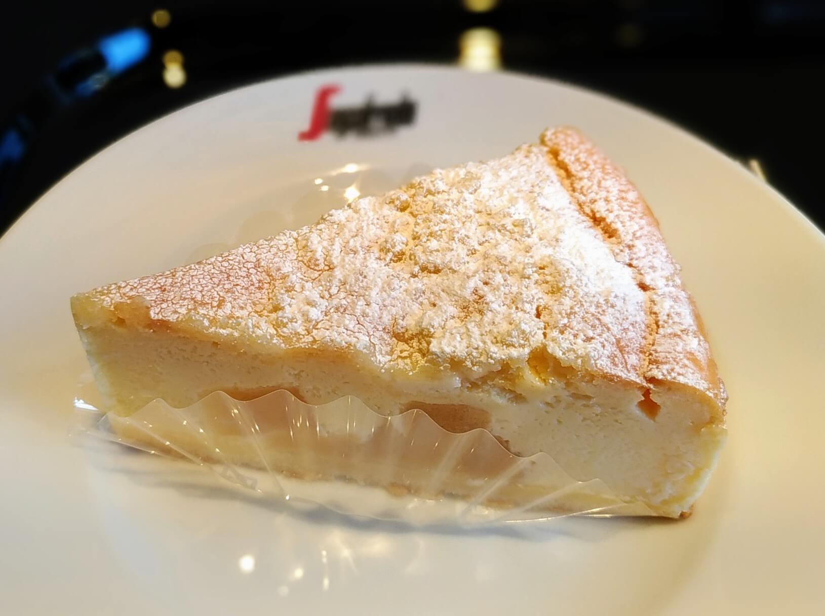 セガフレード・ザネッティ・エスプレッソ (9)リコッタチーズケーキ