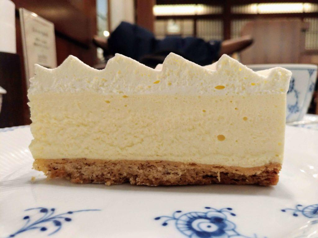 椿屋カフェ プラチナレアチーズケーキ (4)