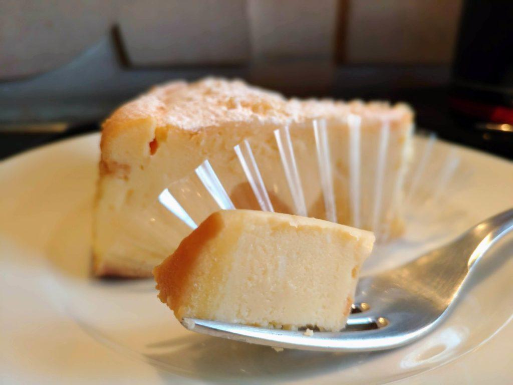 セガフレード・ザネッティ・エスプレッソ (2)リコッタチーズケーキ