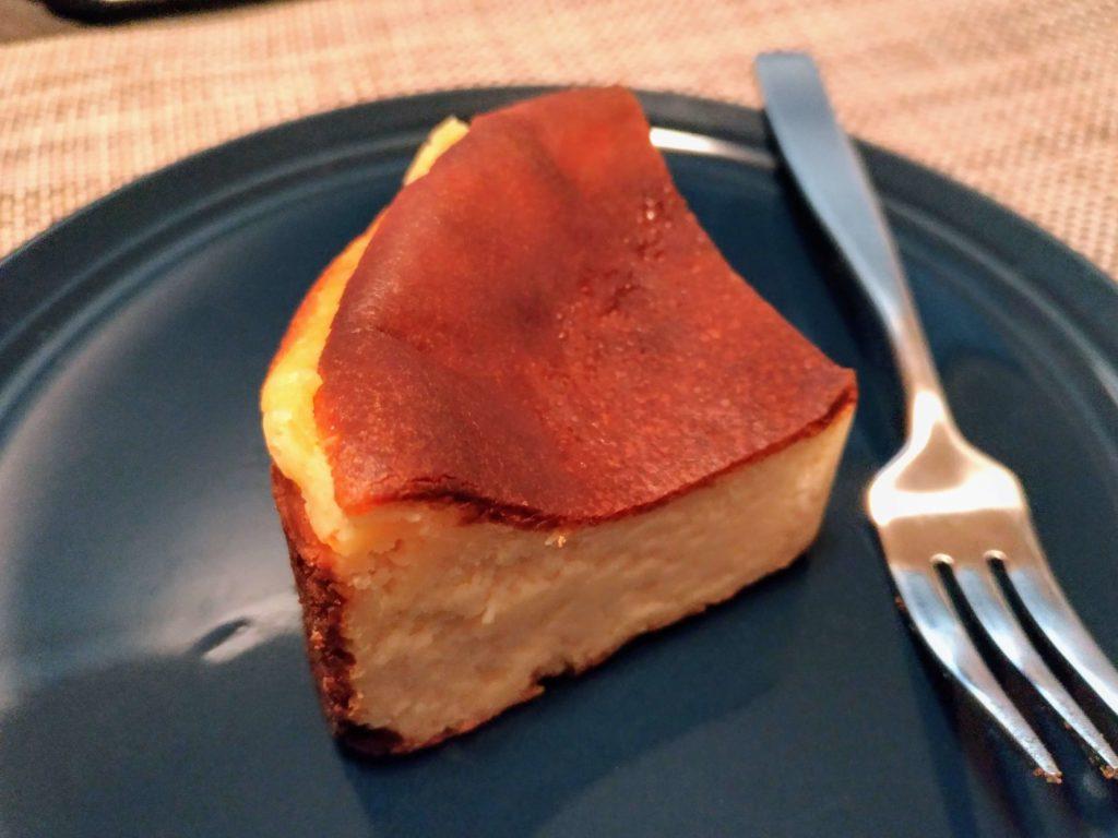 パティスリー タツヤササキ (4) バスクチーズケーキ