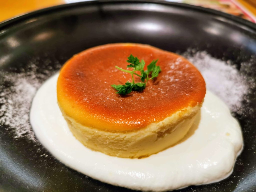 ココス バスクチーズケーキ (9)