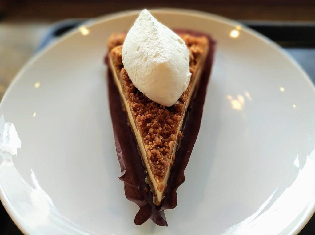 スターバックス ナッツ&キャラメルチーズケーキ (14)