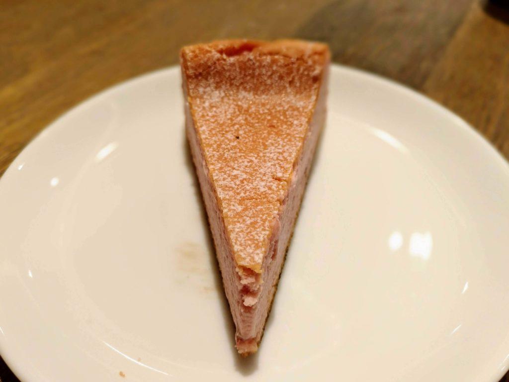 ホノルルコーヒー イチゴのクラシックチーズケーキ (3)