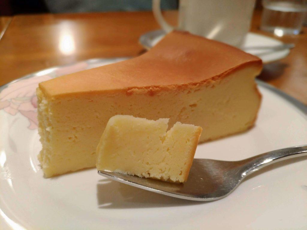 カスタネット 自由が丘 (13)ベイクドチーズケーキ
