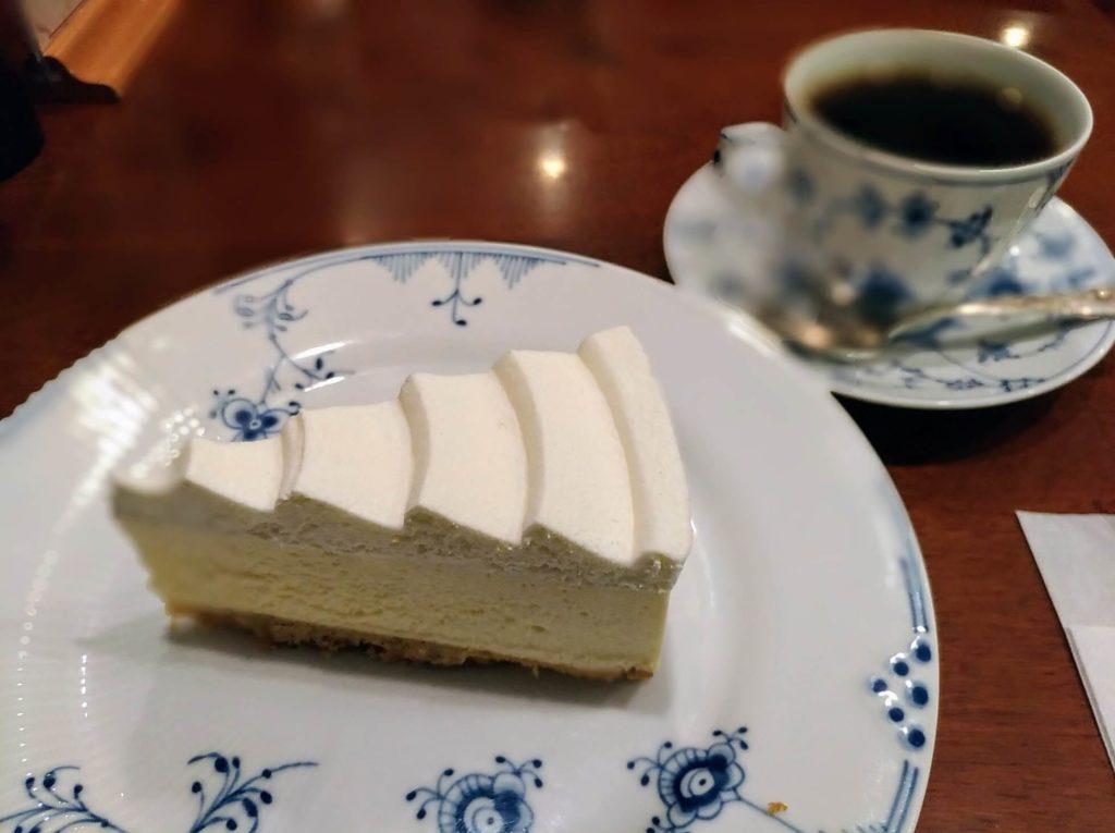 椿屋カフェ プラチナレアチーズケーキ (7)