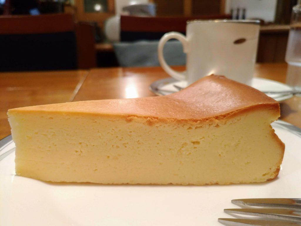カスタネット 自由が丘 (10)ベイクドチーズケーキ
