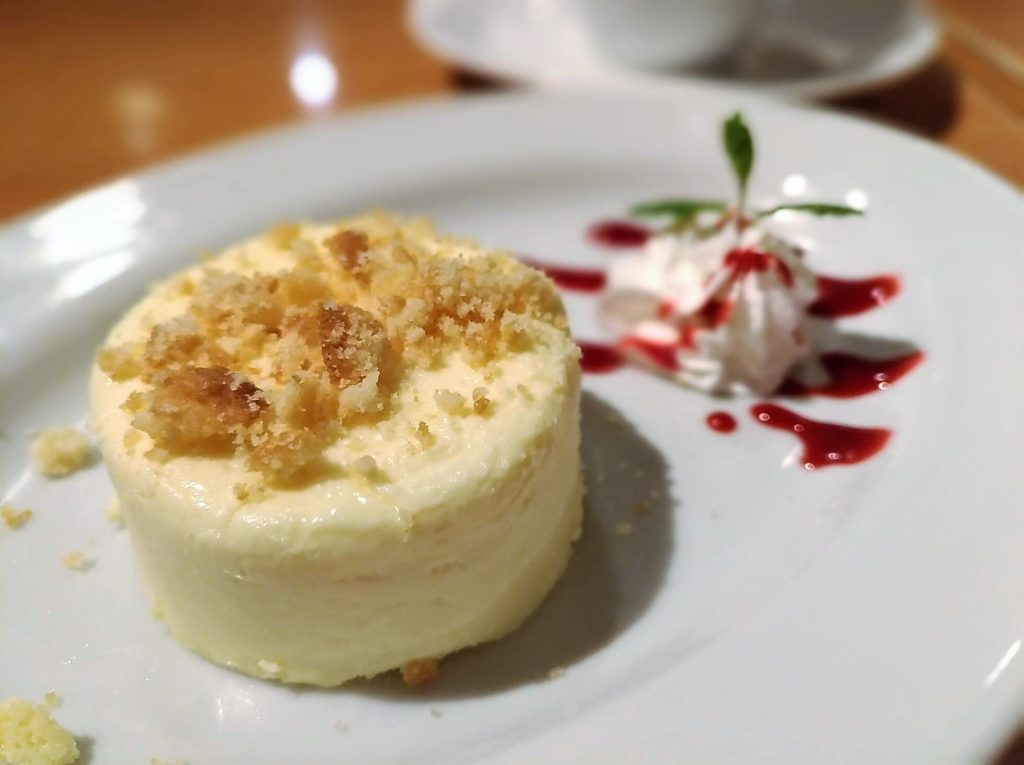 ラ・パウザ クリームチーズケーキ (2)