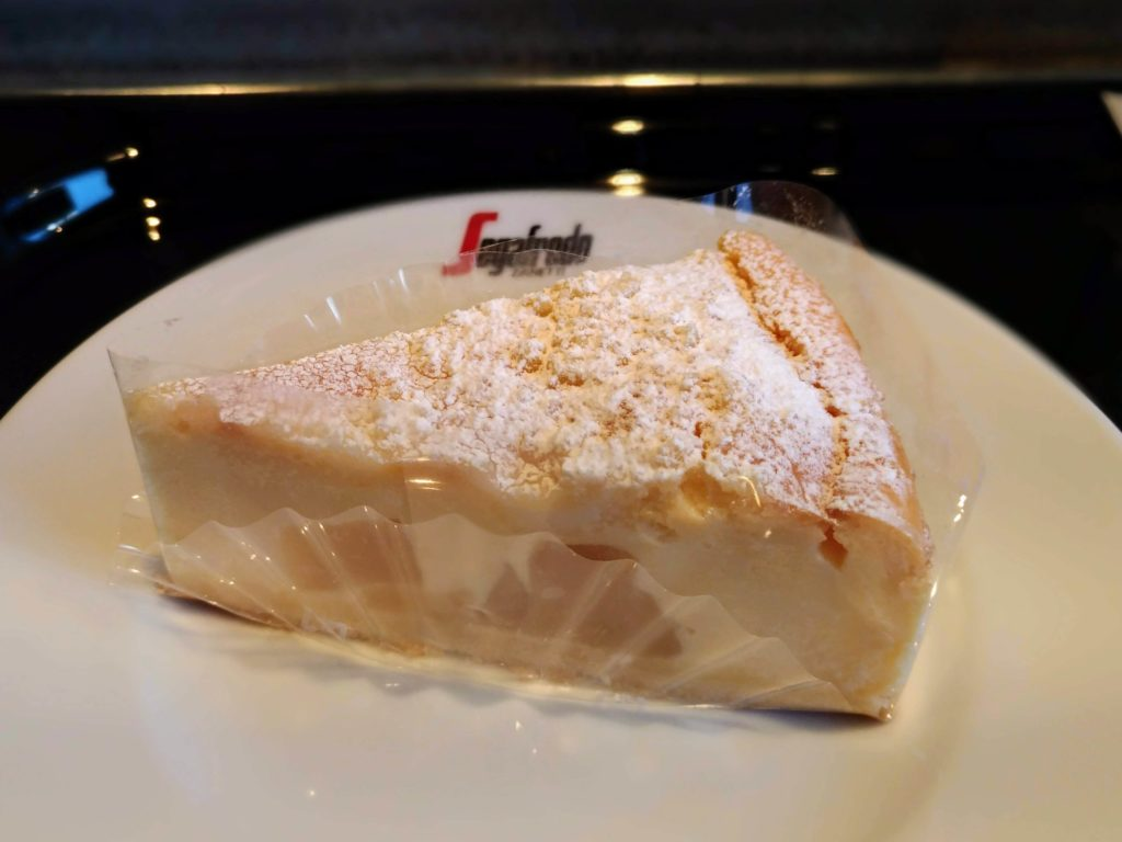 セガフレード・ザネッティ・エスプレッソ (10)リコッタチーズケーキ