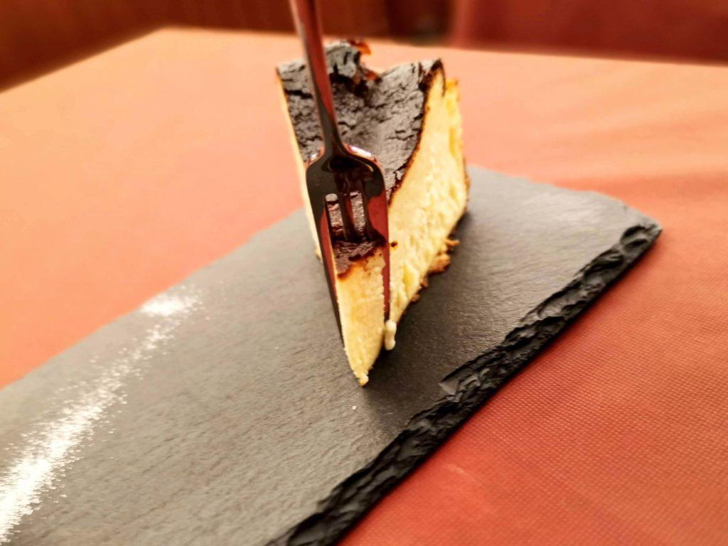 広尾 笄軒 (19)バスクチーズケーキ