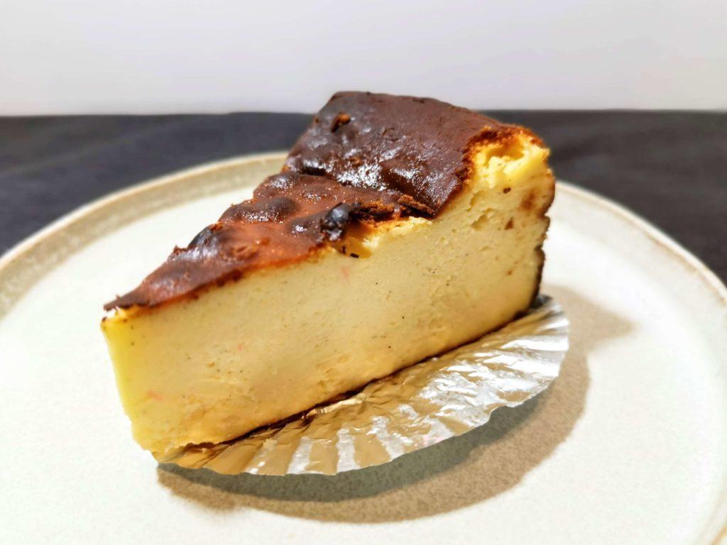 AWORKS カフェ学芸大学店 (16)バスクチーズケーキ