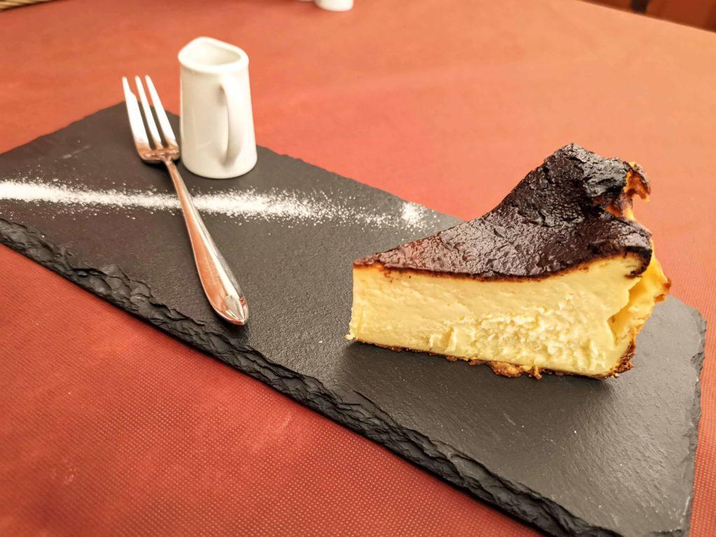 広尾 笄軒 (20)バスクチーズケーキ