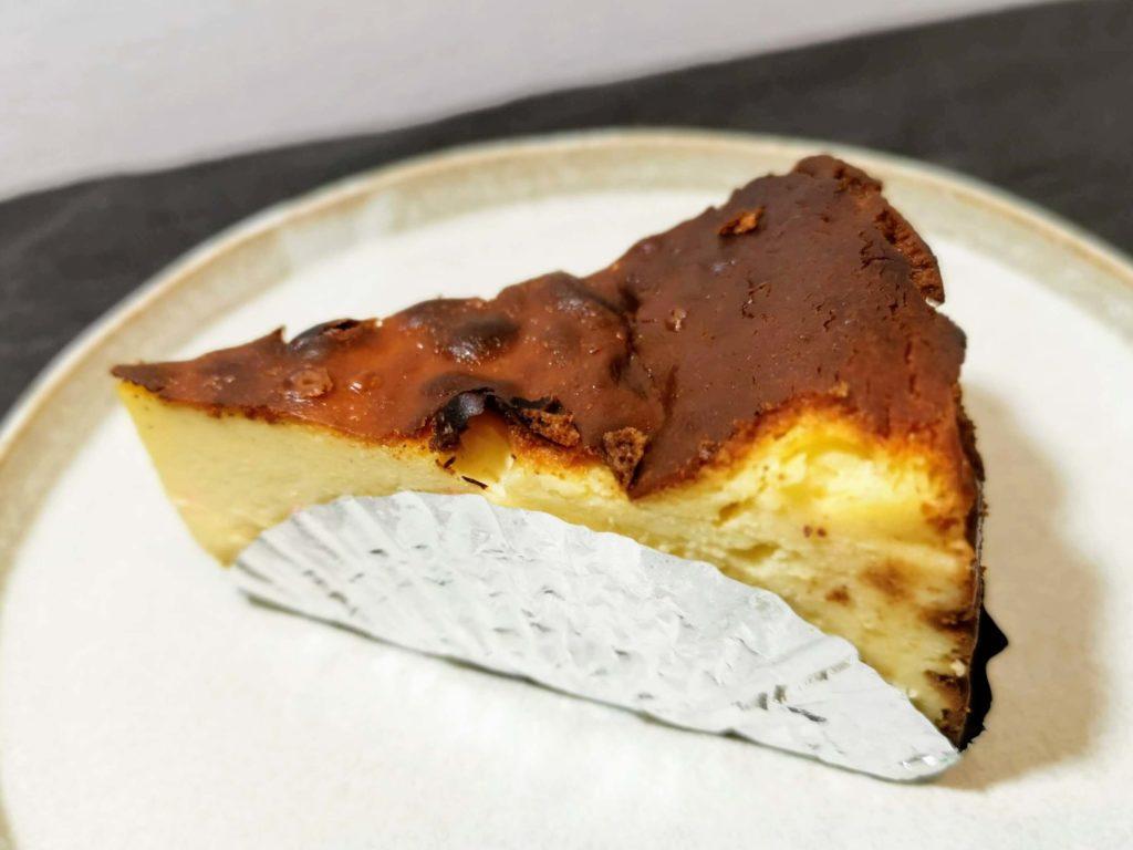 AWORKS カフェ学芸大学店 (20)バスクチーズケーキ